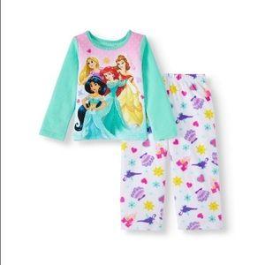 Disney princess matching pajama set